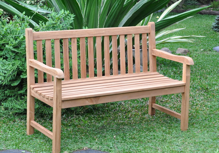 Simple Wood Outdoor Furniture