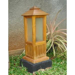 Small Garden Lamp